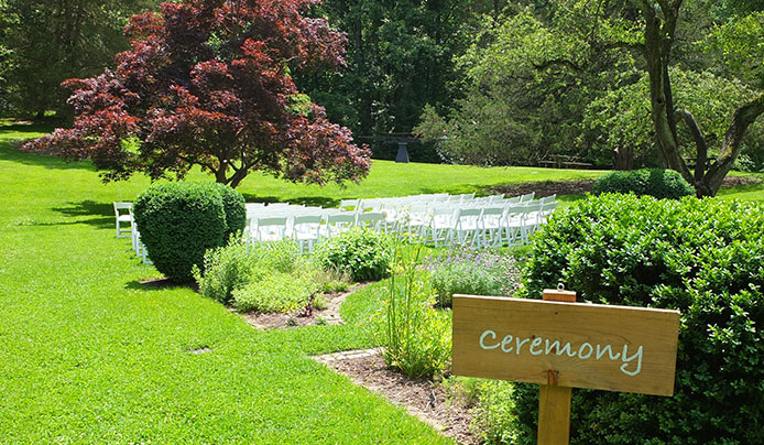 Weddings at Reeves-Reed Arboretum